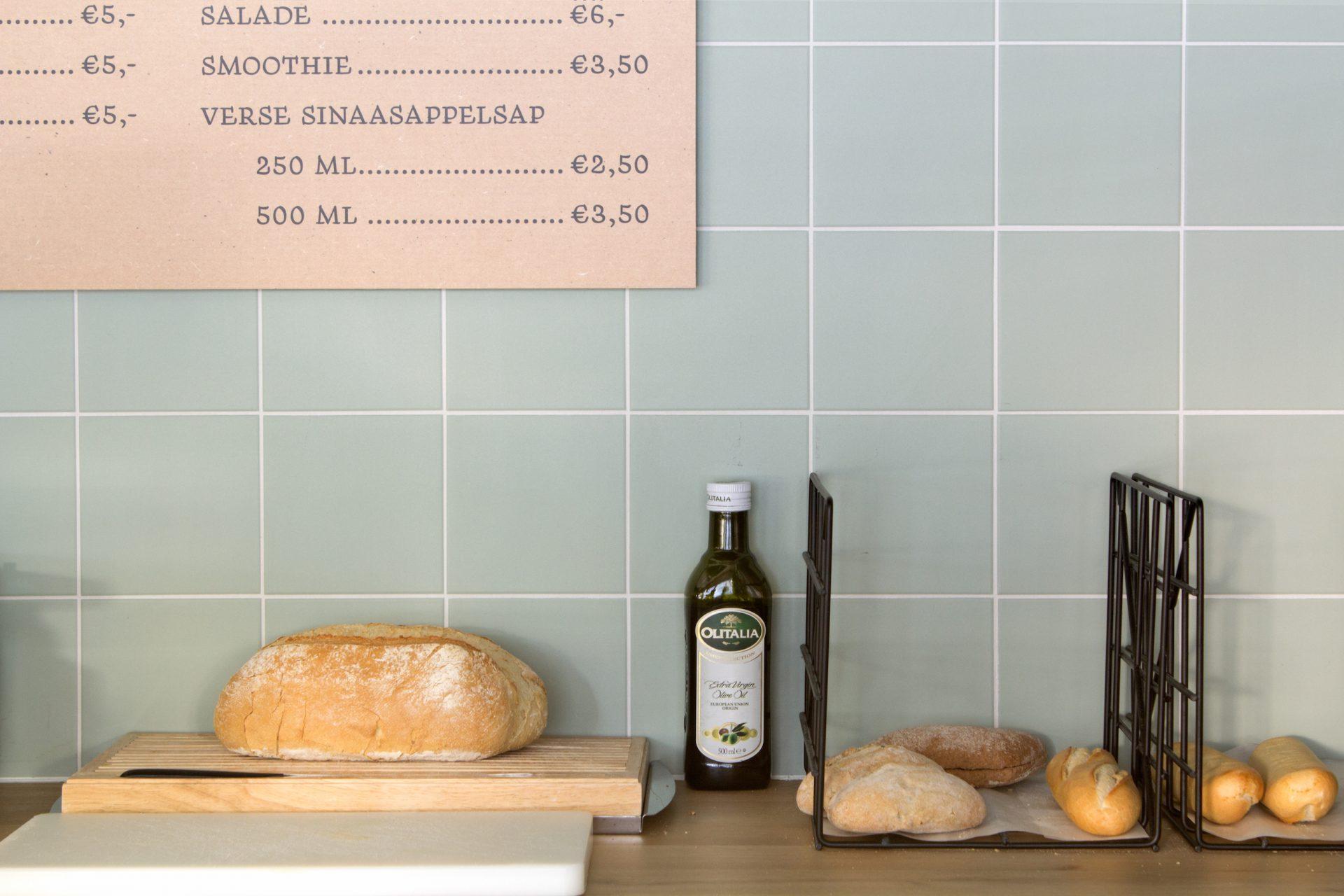 Close-up van de styling van de bar in interieurontwerp van retailconcept Brasto. Onderdeel van de retailprojectinrichting.